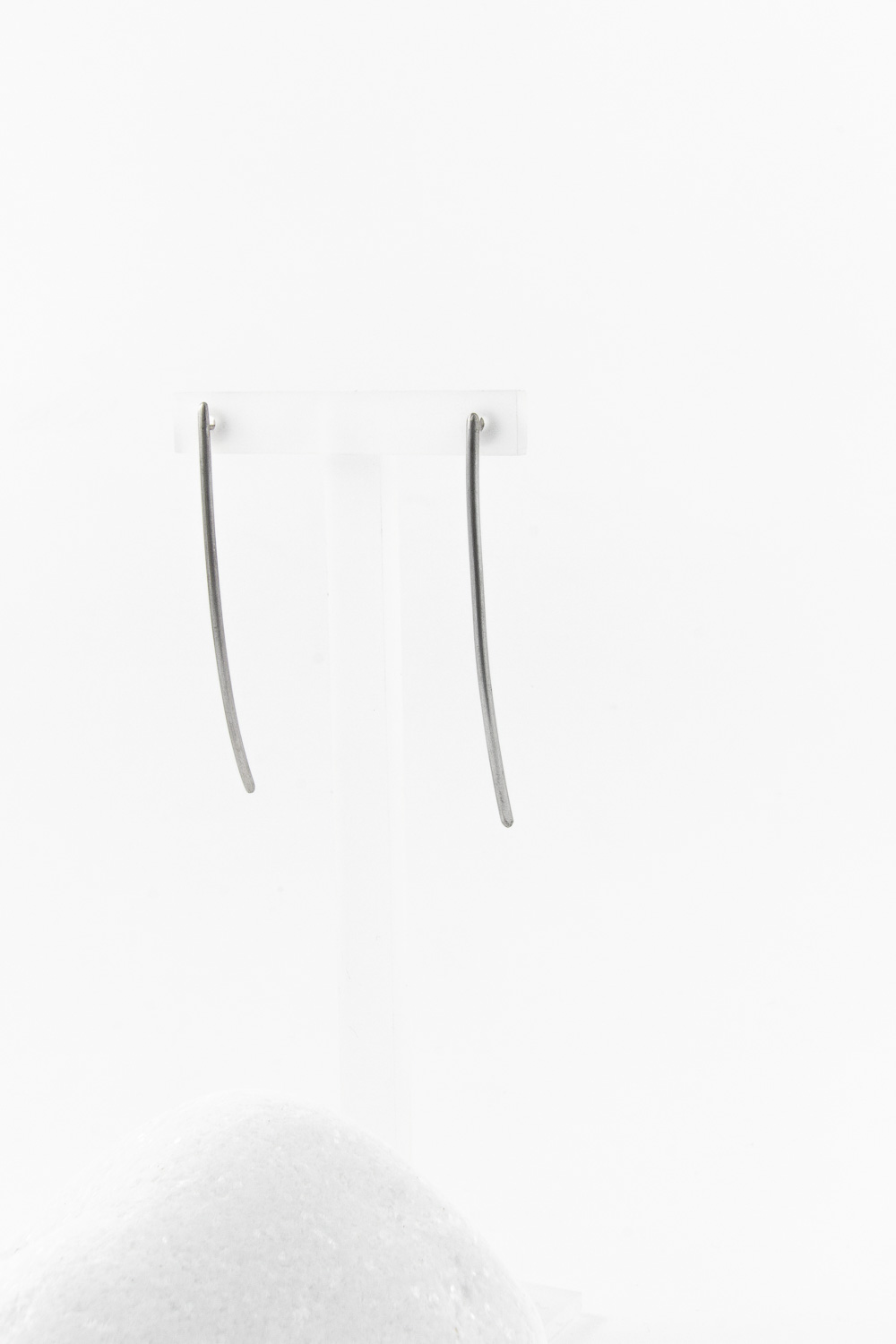 Earrings Line Short, Silver