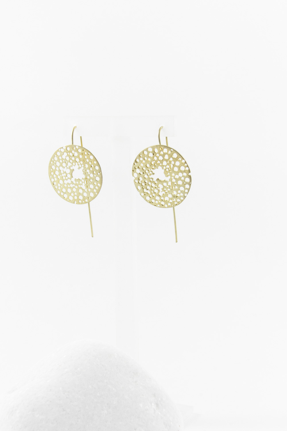 Earrings Circle Perfor, Gold