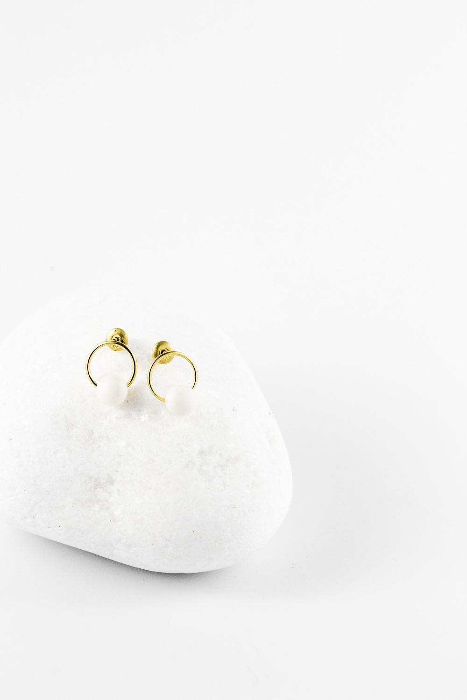 Earrings Circled Pearl, Gold