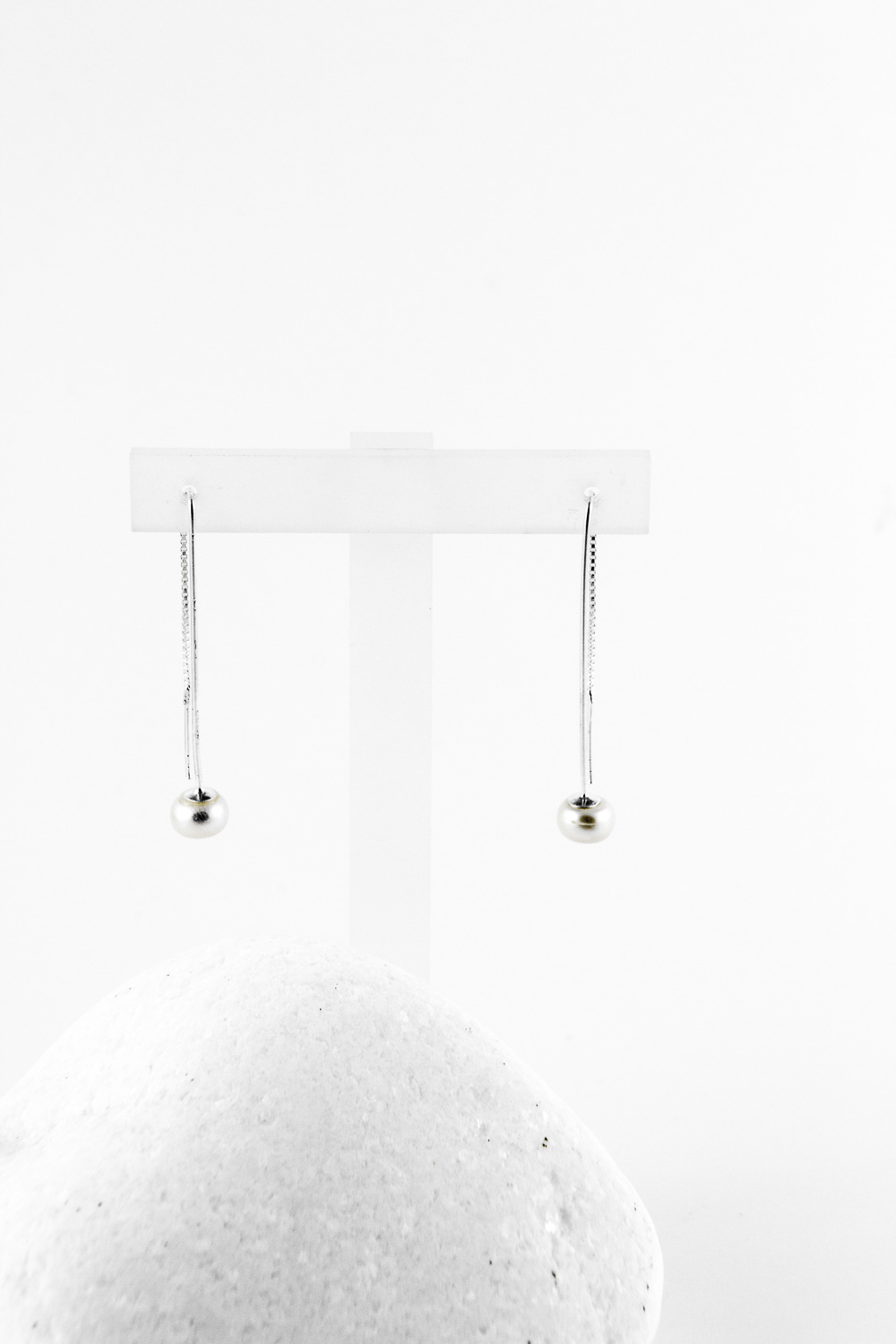 Earrings Chained Pearl, Silver